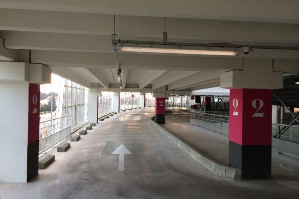 Réalisation Eurobeton batiment béton plancher parking LEclerc Nimes
